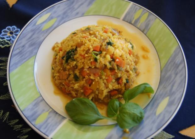 Nasi Goreng mit Curry-Blumenkohl-Reis - Rezept - Bild Nr. 2392