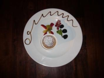 Rezept: Soufflee aus weißer Schokolade und Senf an Obstragout