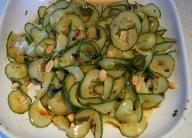 Thailändischer Gurkensalat mit Garnelen - Rezept - Bild Nr. 2435
