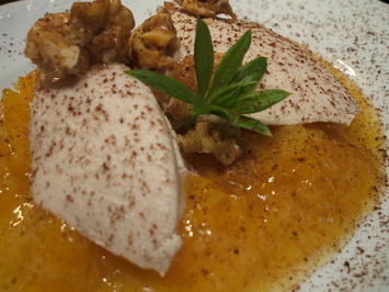 Dessert: Holunder-Sahne-Mousse auf Kompott aus gelben Pflaumen - Rezept - Bild Nr. 2432