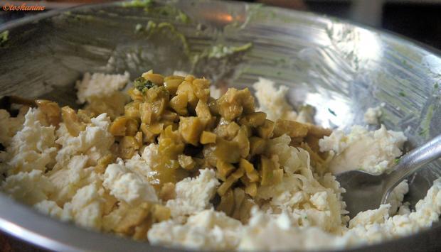 Gefüllte  Hackfleischröllchen im Baconmantel mit Bärlauch-Kartoffelpüree - Rezept - Bild Nr. 4