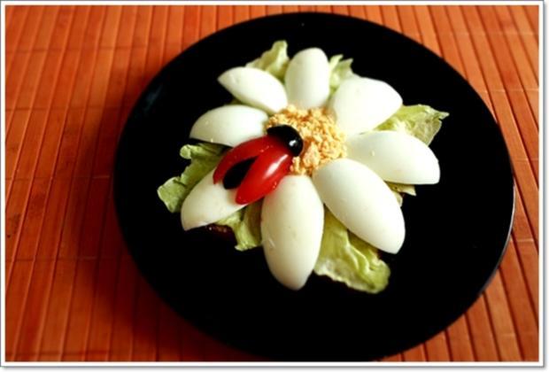 Glücksbringer – Golden Toast mit Eisbergsalat, Eiern und Marienkäfer - Rezept - Bild Nr. 2444