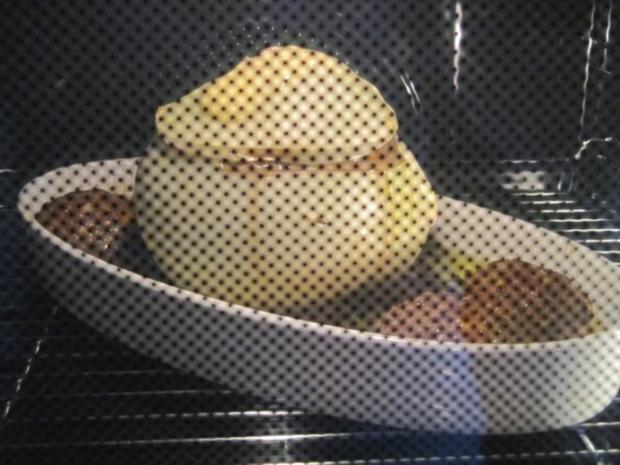 Metzgerzwiebel gefüllt mit Rinderhack - Rezept - Bild Nr. 2487