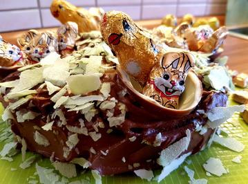 Rezept: Mazu12, Marzipan - Osterkuchen mit Ü-Eier