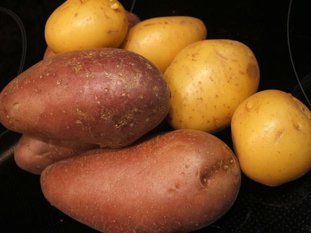 Käse: Käse-Dreierlei mit Kartoffelzweierlei und Chilibutter - Rezept - Bild Nr. 2542