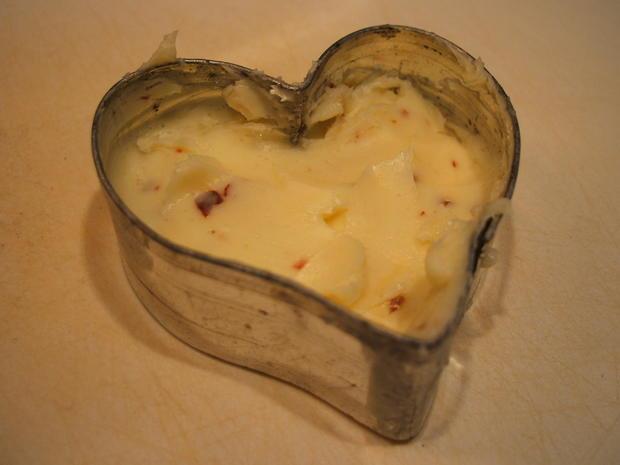 Käse: Käse-Dreierlei mit Kartoffelzweierlei und Chilibutter - Rezept - Bild Nr. 2546