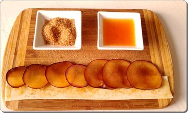 Pflaumen-Blätterteig-Rosen als Dessert - Rezept - Bild Nr. 2601