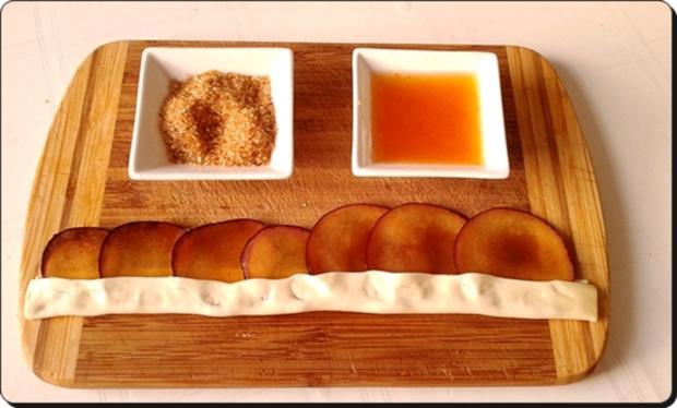 Pflaumen-Blätterteig-Rosen als Dessert - Rezept - Bild Nr. 2602