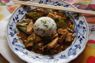 Putenbrustfilet mit Zuckerschoten und Bärlauch-Reis - Rezept - Bild Nr. 2751
