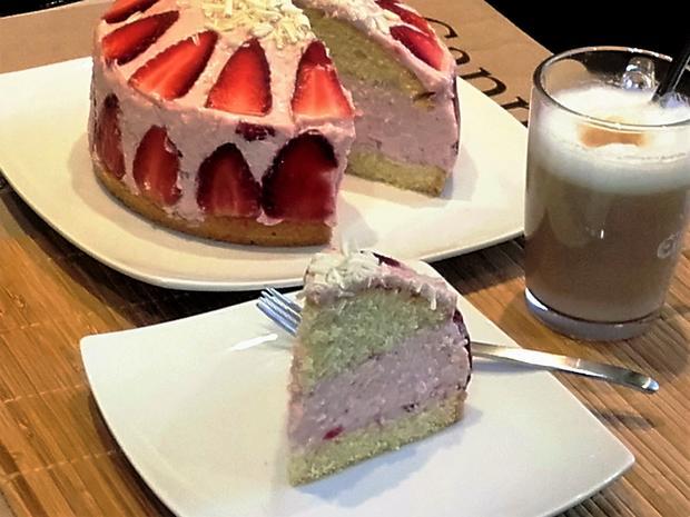 Kleine Erdbeer-Mascarpone-Torte - Rezept - Bild Nr. 2791