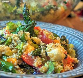 Rezept: Couscoussalat mit gebratenem grünen Spargel
