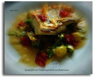 Zanderfilet mit Trauben-Spitzkohl und Buttersauce - Rezept - Bild Nr. 2798