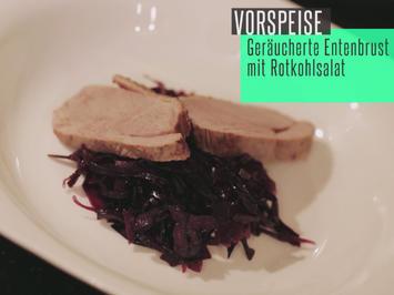 G'reicherte Entenbrust an lauwarmem Blaukrautsaload (Rotkohl) - Rezept - Bild Nr. 2