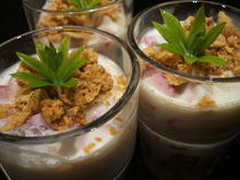 Dessert: Erdbeer-Vanille-Amaretti-Becher - Rezept - Bild Nr. 2815