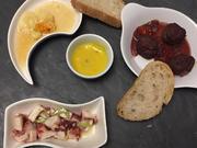 Tapas Mixtas: Pulpo-Salat, Hackfleischbällchen, Manchego Käse in Honig und Aioli - Rezept - Bild Nr. 2