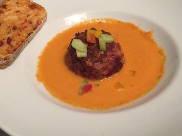 Gazpacho geräuchert, Rote-Beete-Rinderhack-Tatar vom Grill und Tomaten-Ciabatta - Rezept - Bild Nr. 2