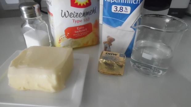 Laugenbrezeln, -stangen, -brötchen - Rezept - Bild Nr. 2915