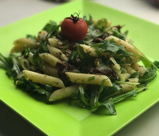 Sommerlicher Gorgonzola Salat - Rezept - Bild Nr. 2