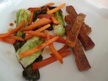 Tofu-Sticks mit Pak Choi und Möhren-Stifte - Rezept - Bild Nr. 2948