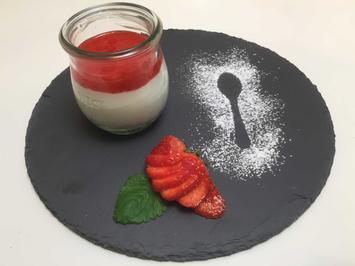 Cheesecake-Dessert mit Erdbeersoße - Rezept - Bild Nr. 2988