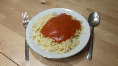 Nudeln mit (süßer) Tomatensauce - Rezept - Bild Nr. 2950