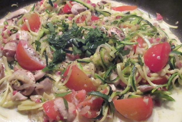 Zucchini-Spaghetti  leicht & lecker - Rezept - Bild Nr. 2955