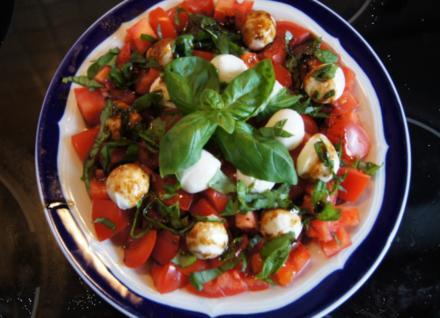 Tomaten-Minimozzarella-Salat - Rezept - Bild Nr. 2989