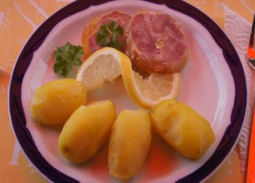 Röstzwiebelfleisch in Aspik mit Pellkartoffeln - Rezept - Bild Nr. 2