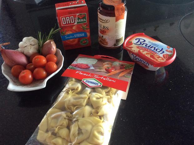 Tortellini mit fruchtiger Tomatensauce - Rezept - Bild Nr. 2988