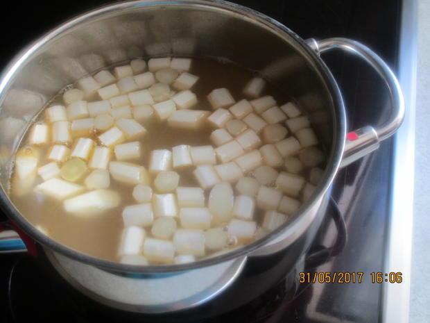 Spargelsuppe ~ mit Kabanossi-Chips und Radieschen - Rezept - Bild Nr. 2996