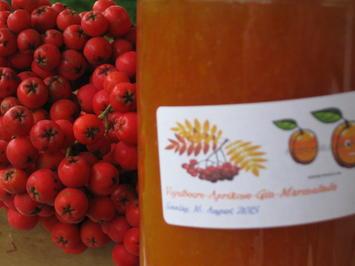 Rezept: Vogelbeere-Aprikosen-Gin-Marmelade