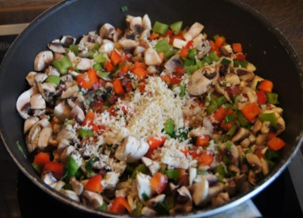 Paprika-Champignon-Omelett - Rezept - Bild Nr. 7