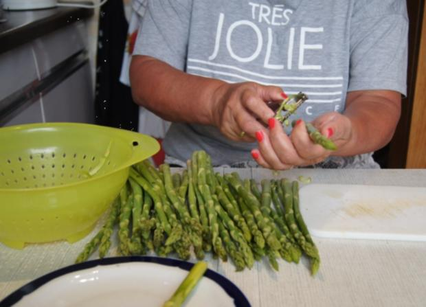 Kabeljaufilet mit grünen Spargel und Rosmarin-Backkartoffeln - Rezept - Bild Nr. 3064