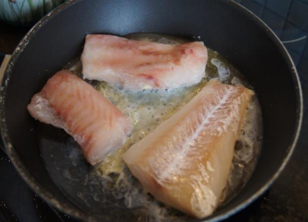 Fischfilet mit Senfsauce, Möhren-Süßkartoffel-Meerrettich-Stampf und Gurkensalat - Rezept - Bild Nr. 3061