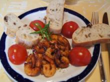 Party Crevetten mit Mini Rispentomaten und Ciabatta grüne Olive - Rezept - Bild Nr. 3110