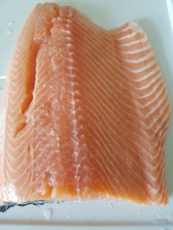 Fisch / Lachs = Lachsfilet mit Gartenkräutern à la Biggi - Rezept - Bild Nr. 3132