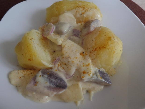Curry-Matjes -Salat mit Pellkartoffeln - Rezept - Bild Nr. 3322