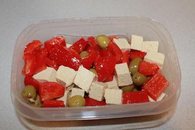 Tofu-Paprika-Oliven-Salat - Rezept - Bild Nr. 2