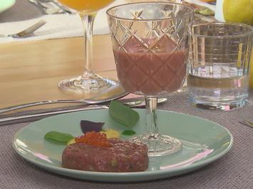 Erdbeergazpacho mit Beef-Tatar - Rezept - Bild Nr. 2
