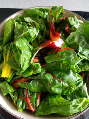 Biggi`s Gemüsebeilagen = Regenbogen Mangold - Rezept - Bild Nr. 3458