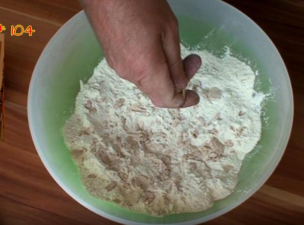 Hefe - Muffin mit selbstgemachten Pudding - Rezept - Bild Nr. 3474