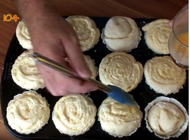 Hefe - Muffin mit selbstgemachten Pudding - Rezept - Bild Nr. 3477
