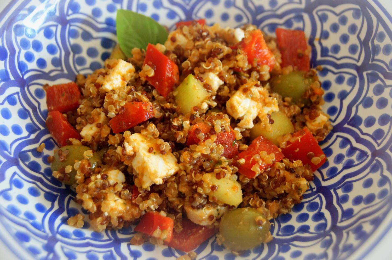 griechischer quinoa salat rezept mit bild. Black Bedroom Furniture Sets. Home Design Ideas
