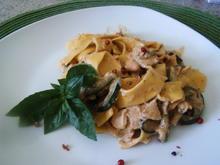Zucchini-Lachs -Nudeln - Rezept - Bild Nr. 3535