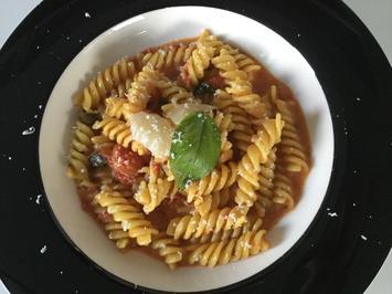 schnelle einfache One-Pot-Pasta mit Tomaten - Rezept - Bild Nr. 3618