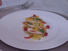 Salat vom Bauernhuhn auf französischem Couscous mit Orangen-Minz-Vinaigrette - Rezept - Bild Nr. 2