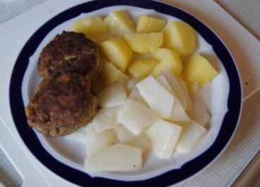 Rindfleischbuletten mit Kräutern, Sahnekohlrabi und Kartoffeln - Rezept - Bild Nr. 3624