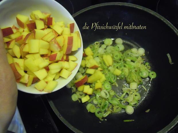 Lachsforellenfilet mit Pasta in Pfirsich - Salsa - Sauce - Rezept - Bild Nr. 3644