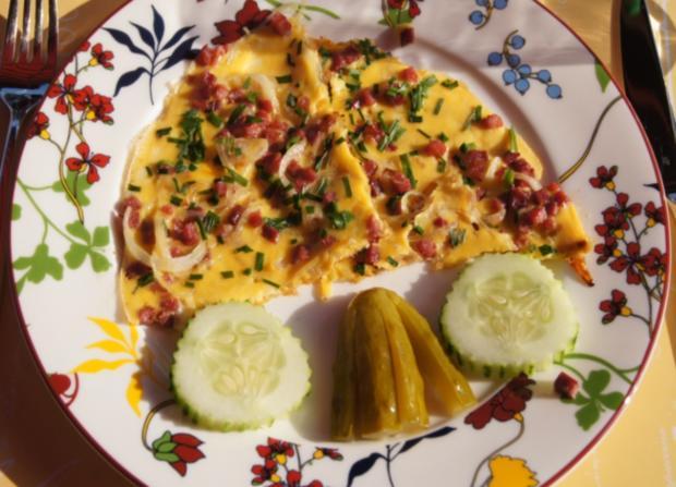 Zwiebel-Schinkenwürfel-Omelett - Rezept - Bild Nr. 3702