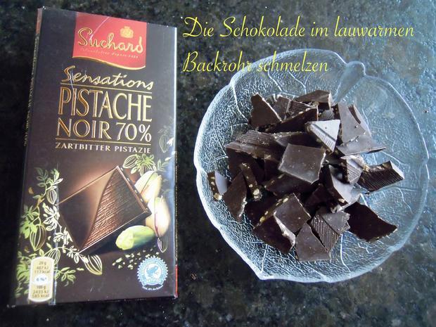 2 verschiedene Schokotörtchen mit Pistazien - Schoko - Sahne -  Füllung - Rezept - Bild Nr. 3795